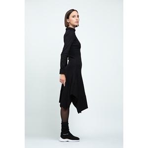 Trapezius dress Second